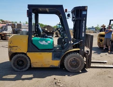 Komatsu FD40ZT-8 - Pneumatic Tire Forklifts