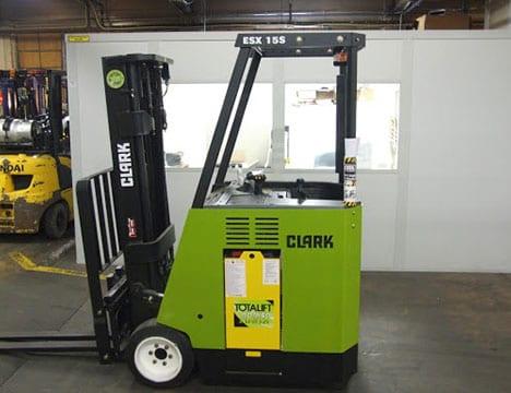 Electric Clark forklift ESX15S
